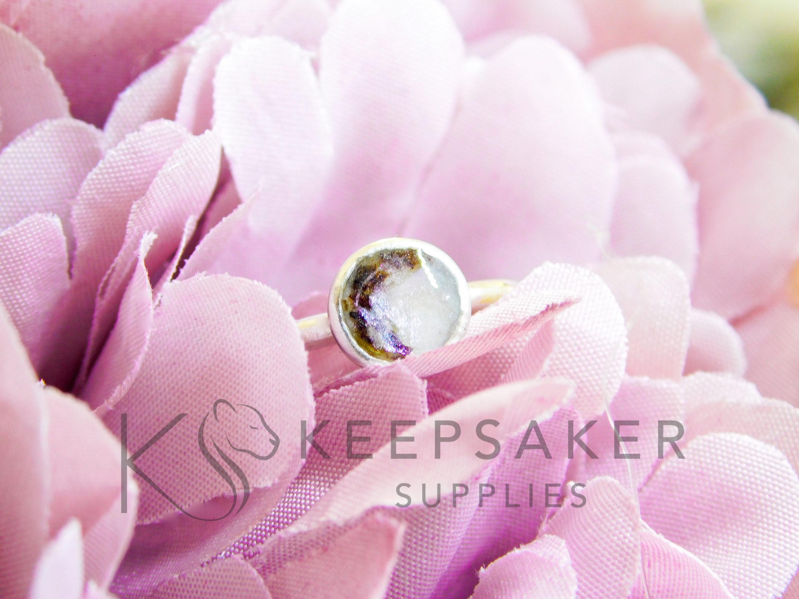 Ayla umbilical cord breastmilk ring, pearly purple breastmilk resin sparkle mix. Making breastmilk jewellery
